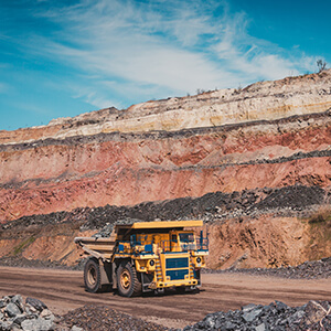 300x300_industry-mining-quarrying.jpg